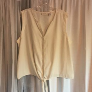 CHICO'S women's top size 3XL in great condition!!